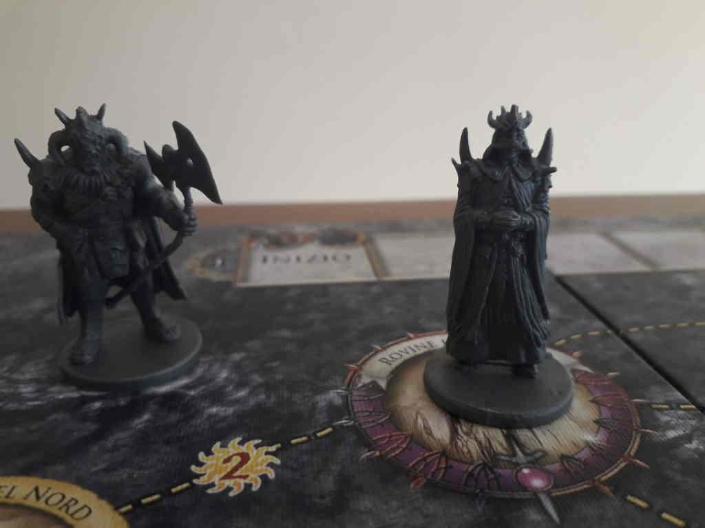 Il gioco da tavolo Il Signore degli Anelli - Avventure nella Terra di Mezzo. Chi governerà la Terra di Mezzo ? Sarà Sauron questa volta a vincere ?